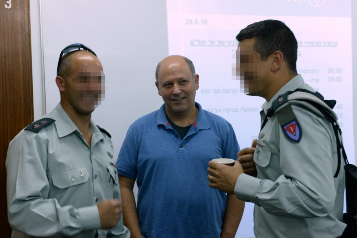zvikah_and_officers (Small)
