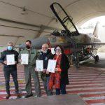 הקרן לידידות וסטיב מייזל בטקס אימוץ הטייסות: ציפורי המדבר, הנמר המעופף וטייסתאבירי הזנב הכתום